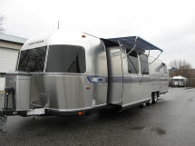 2009 Airstream Classic Limited 34' Slide-Out Travel Trailer - Campers