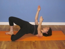4 Moves to Say Goodbye to Saddlebags - Great Ways To Get Fit...If You Are Up For It!