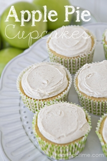 Apple Pie Cupcakes with Cinnamon Cream Cheese Frosting - Dessert Recipes