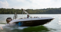 Bayliner Element E18 deck boat - Boats for the cottage
