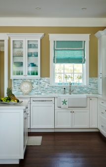 Beach house kitchen - Beach House Decor Ideas