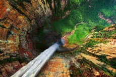 Dragon Falls (Churun Meru) Venezuela - Beautiful Places