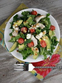 Spinach Salad with Chicken, Avocado and Goat Cheese - Party ideas