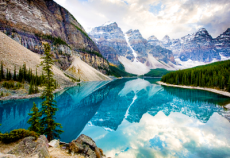 Photo of Moraine Lake, Alberta, Canada - Beautiful Places