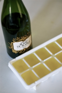 Champagne ice cubes - Party ideas