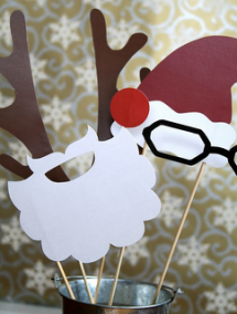 Christmas Party Photo Op Station - Christmas Party Ideas