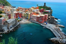 Cinque Terre, Italy - Beautiful Places