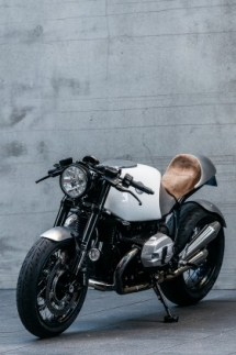 Deus Ex Machina BMW Heinrich Maneuver Motorcycle - Motorcycles