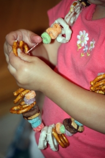 Edible Candy/Snack Necklace - Fun crafts