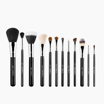 Essential Brush Kit - Make Me Classy - Most fave products