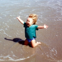 Exactly how I feel when arriving at the beach - That made me laugh!