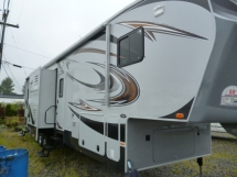 Heartland Cyclone 4014 Fifth Wheel Toy Hauler - Campers