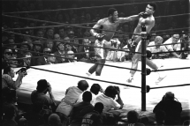 Joe Frazier vs. Muhammad Ali - The Fight of the Century - Sports
