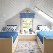 Kids attic bedroom - Attic Space