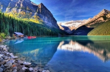 Majestic Lake Louise in Banff National Park - Amazing Places