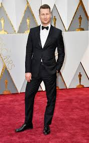 Night out at the Oscars  - Clothes make the man
