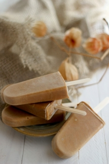 Pumpkin Spice Latte Popsicles recipe - Crazy for Pumpkin