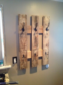 Reclaimed Pallet Coat Rack - For the home