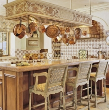 Rustic European Kitchen - Kitchen ideas