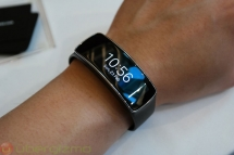 Samsung Gear Fit - What's Cool In Technology