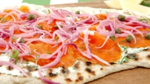 Smoked salmon pizza with marinated onion.. - Salmon Recipes