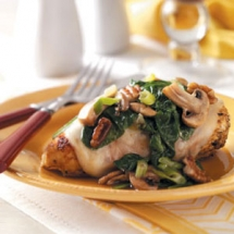 Spinach and Mushroom Smothered Chicken - Favorite Recipes