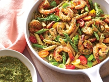 Spinach Pesto Pasta with Shrimp - I love to cook
