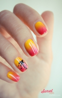 Sunset Palm Tree nails - Fave beauty & hair ideas