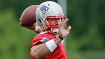 Tim Tebow signs 2-year deal with Patriots - Football