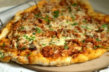 Traeger Pulled Pork Pizza - Easy recipes