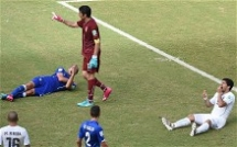 Uruguay sends Italy out of the competition - 2014 FIFA World Cup