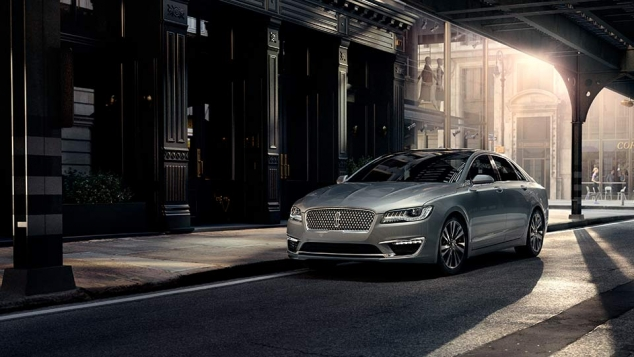 2017 Lincoln MKZ - Image 2