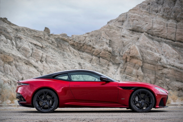 2019 Aston Martin DBS Superleggera V12 Super GT - Image 2