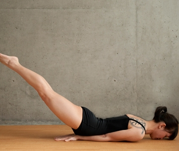 26 bikram yoga poses  favething
