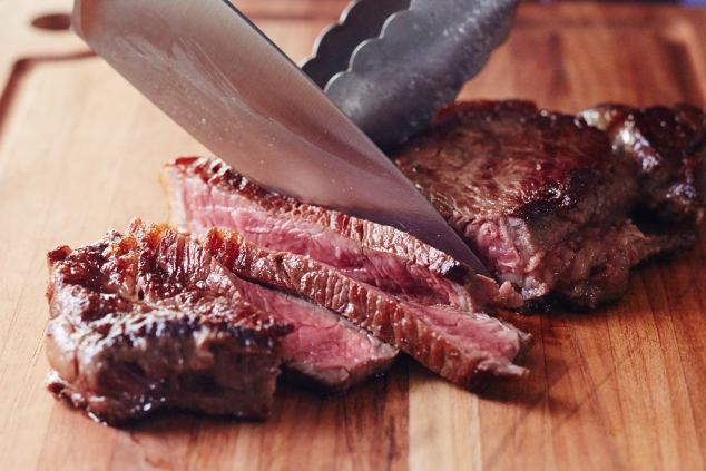 3 Steps to a Perfectly Cooked Stovetop Steak - Image 3