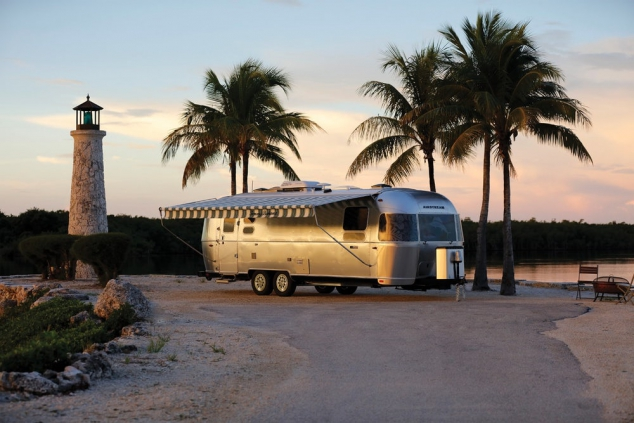 Airstream Tommy Bahama Special Edition Travel Trailer  - Image 3