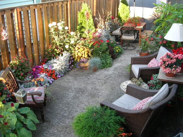 Merveilleux Backyard Garden Idea