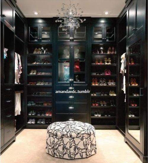 black closet   favething