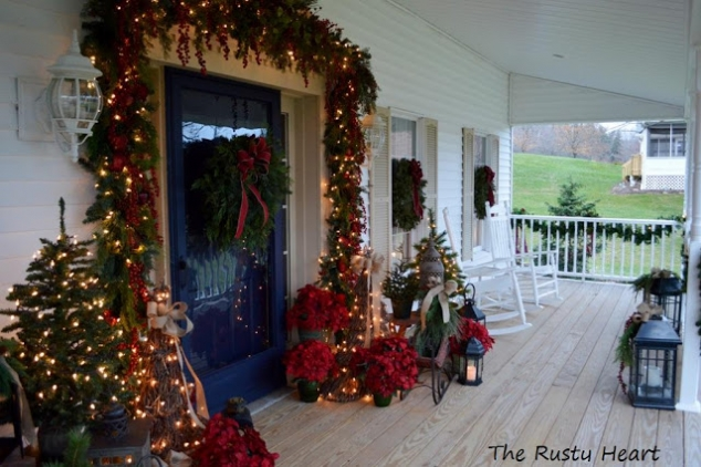 Christmas Front Porch - Image 2