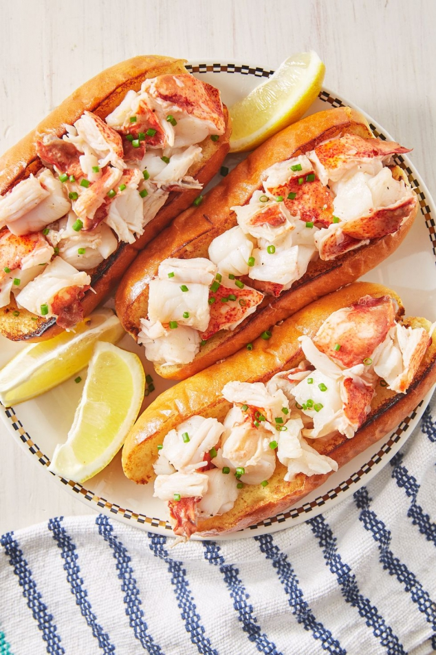 Connecticut-Style Lobster Roll