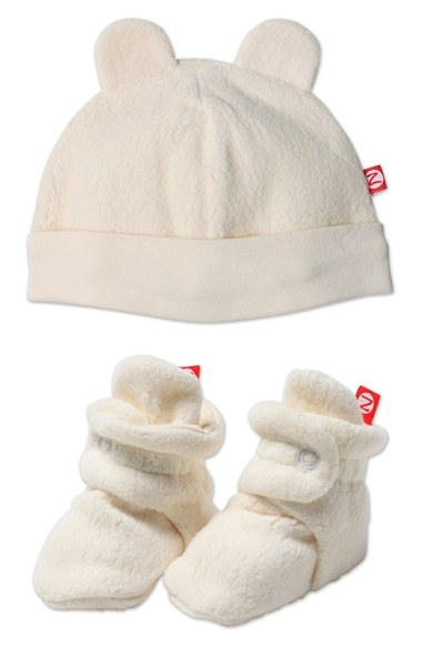 'Cozie' Hat & Bootie Set (Baby) by Zutano