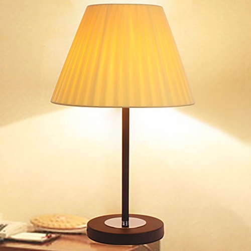 creative fashion fold fabric texture shade table lamp wood lamp holder. Black Bedroom Furniture Sets. Home Design Ideas