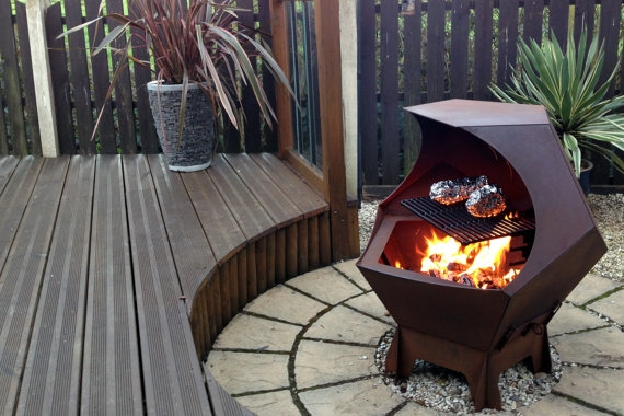 Decahedron Fire Pit with removable grill