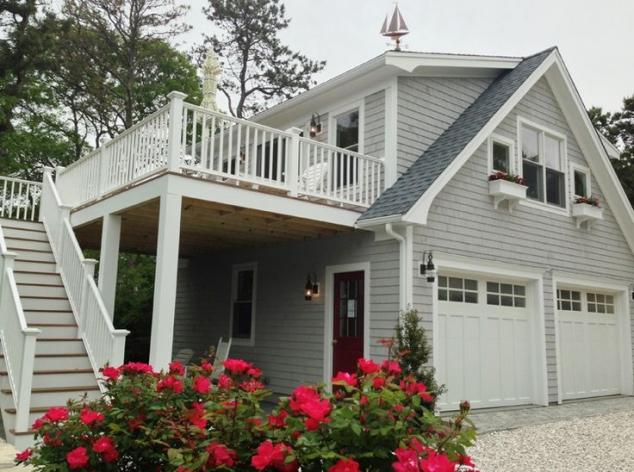 Detached Garage With Loft & Deck