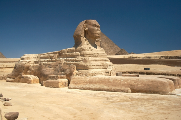 Great Sphinx of Giza and the Pyramid of Khafre in Egypt [photos] - Image 2