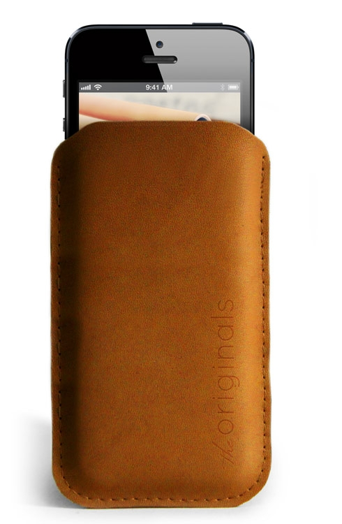 iPhone 5 Sleeve in Brown Leather from Mujjo