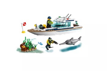 LEGO Diving Yacht - Image 3