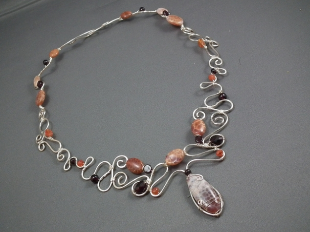 Wire and Gem necklace