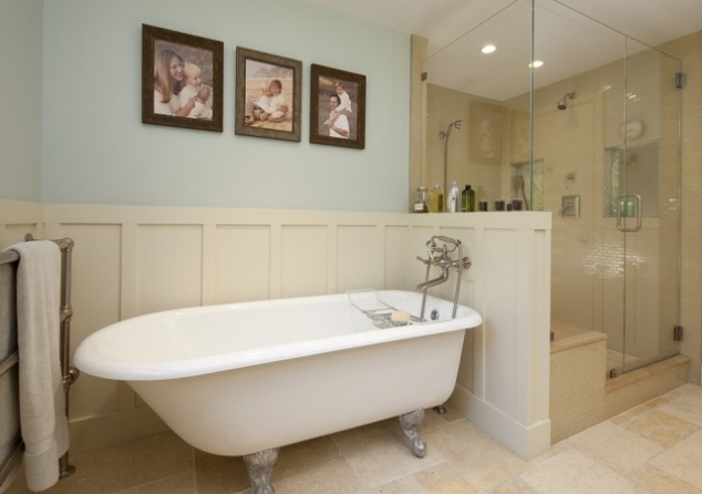 Victorian bathtub with half wall. Victorian bathtub with half wall   FaveThing com