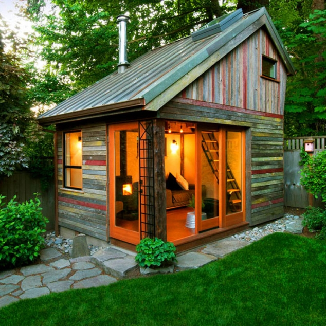 Artist Studio Overlooks Guest Cabin With Rooftop Garden: 8 Sheds Turned Into Awesome Mancaves
